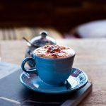 """Tú crees en el ron del café"" de Paul Verlaine"